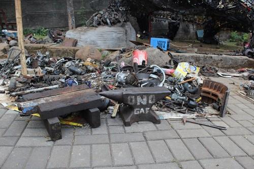 giant-turtle-steampunk-metal-trash-art-ono-gaf-7-500x333