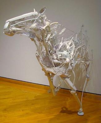 Пластиковое искусство. Животные из отходов.