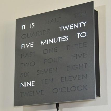 clock-068