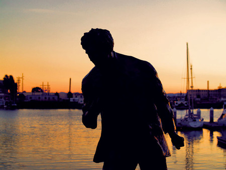 Statue of Jack London at Jack London Square, Oakland, CA