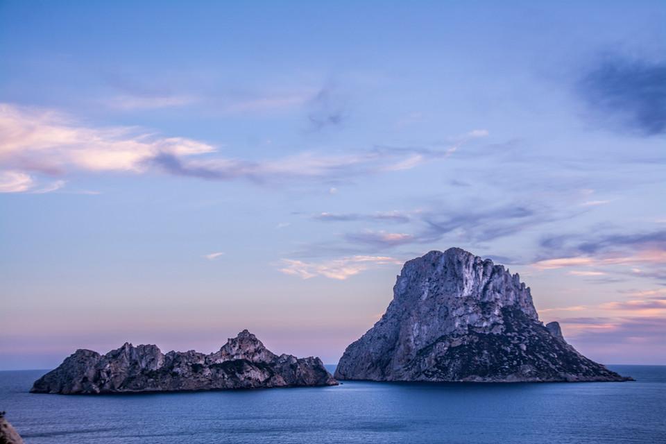 Es Vedra, Ibiza, España.