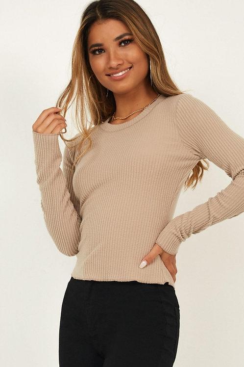 Sweater De Lana Color Camel De Mujer Entallado