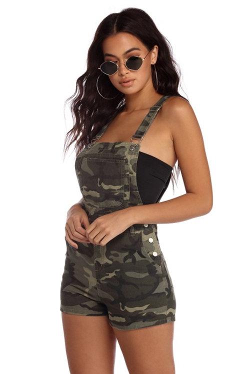 Jardinero Importado Short Camuflado Militar