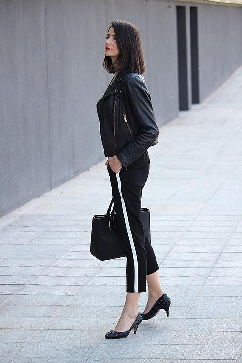 Babucha Negra de Vestir Para Mujer con Línea Blanca