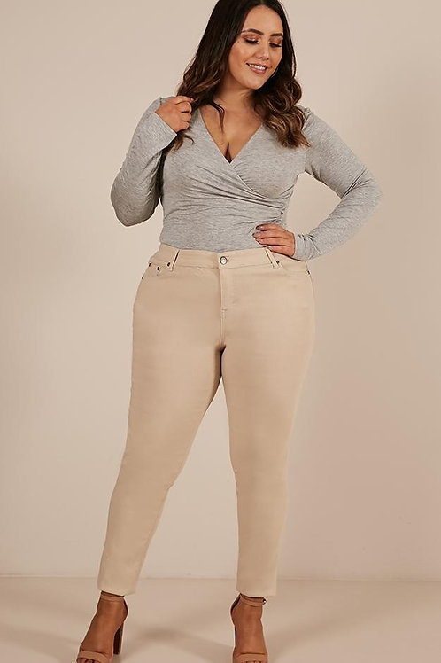 Pantalón de Mujer Talles Especiales Beige