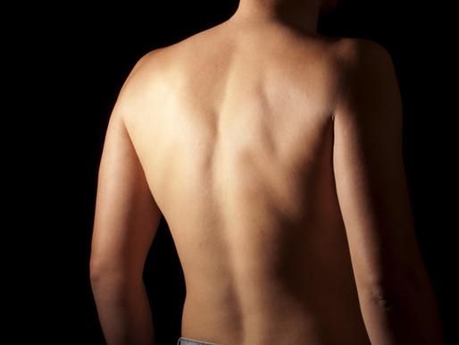 Épilation laser ou lumière pulsée (IPL)? La réponse d'une technicienne en épilation pour homme.