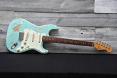Fender Stratocaster Japan FSR