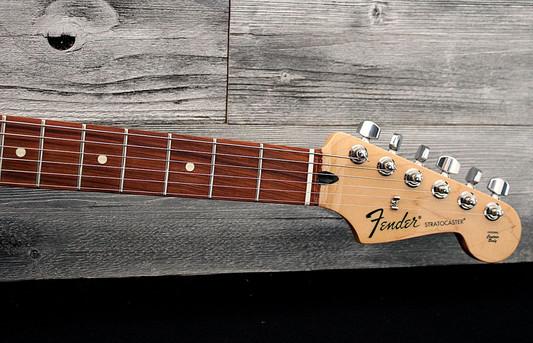 Fender Standard Stratocaster 2017