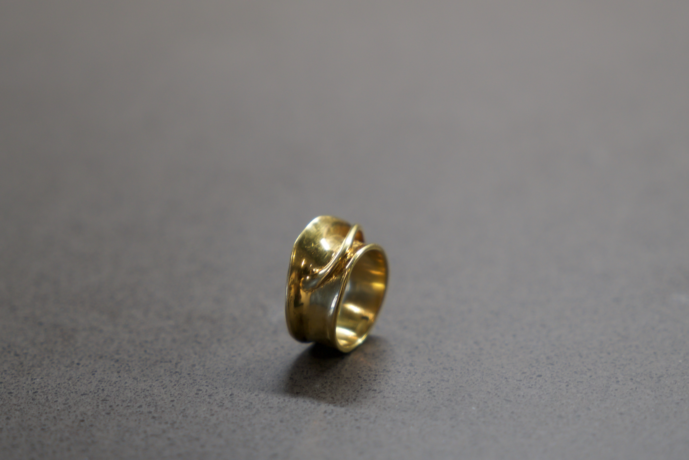 """FLUENT"" ring"