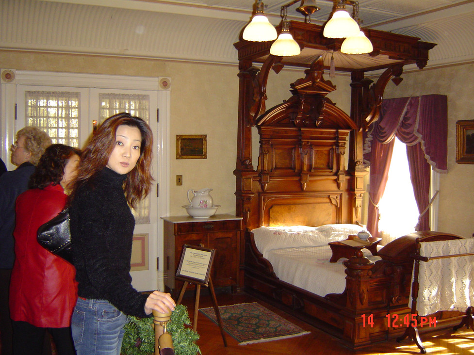 2003-Dec-14-at Winchester Mansion