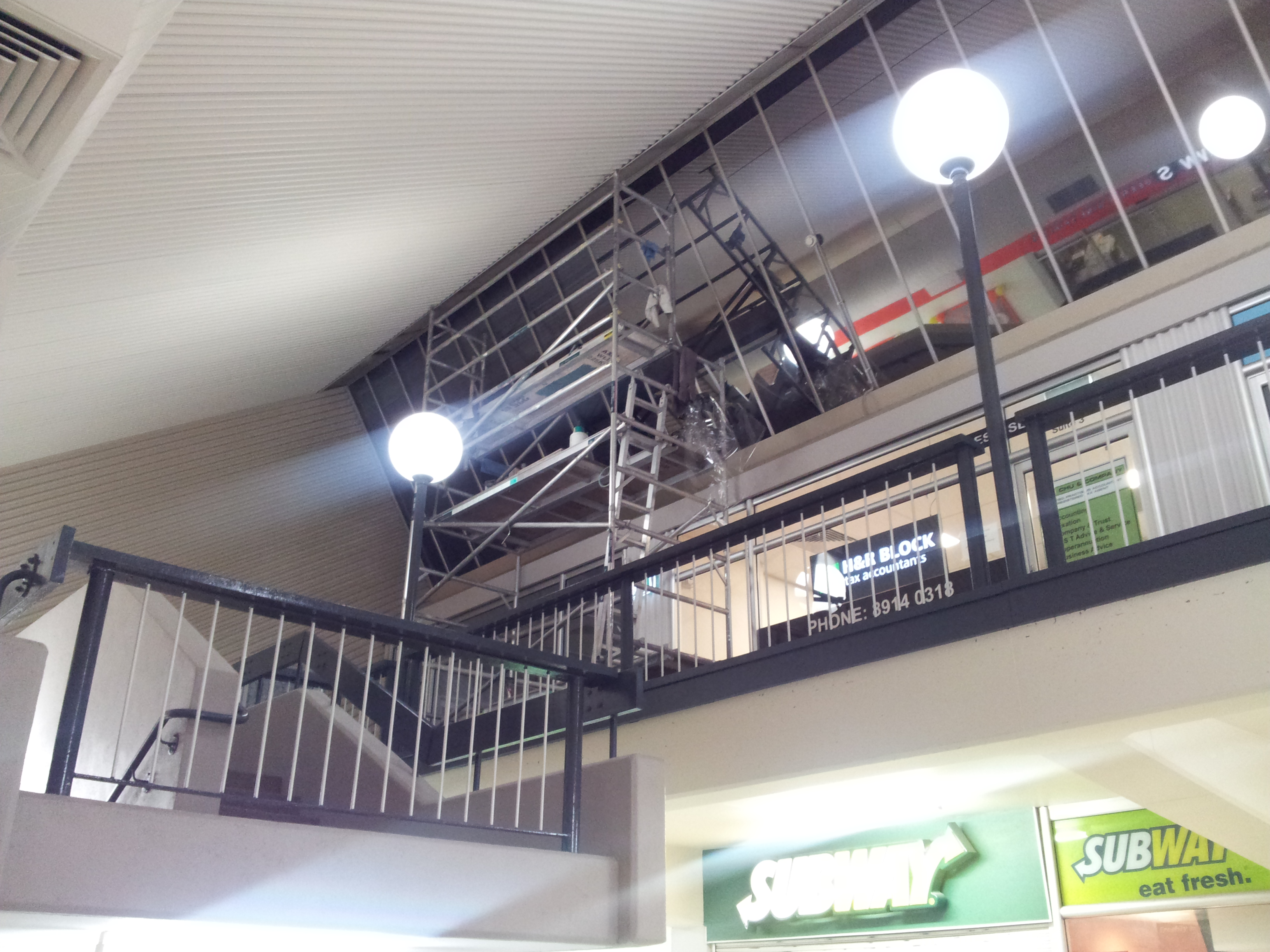 office-window-tinting-sydney-commercial-shopping-centre