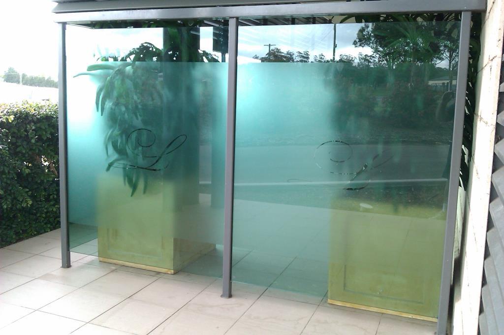 window-glass-frosting-tinting-sydney-decorative-frost-privacy-minchinbury-mt-druitt-st-marys