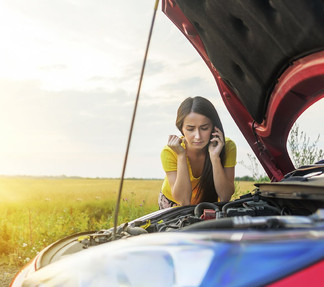 What to do when your car breaks down? Stay safe.