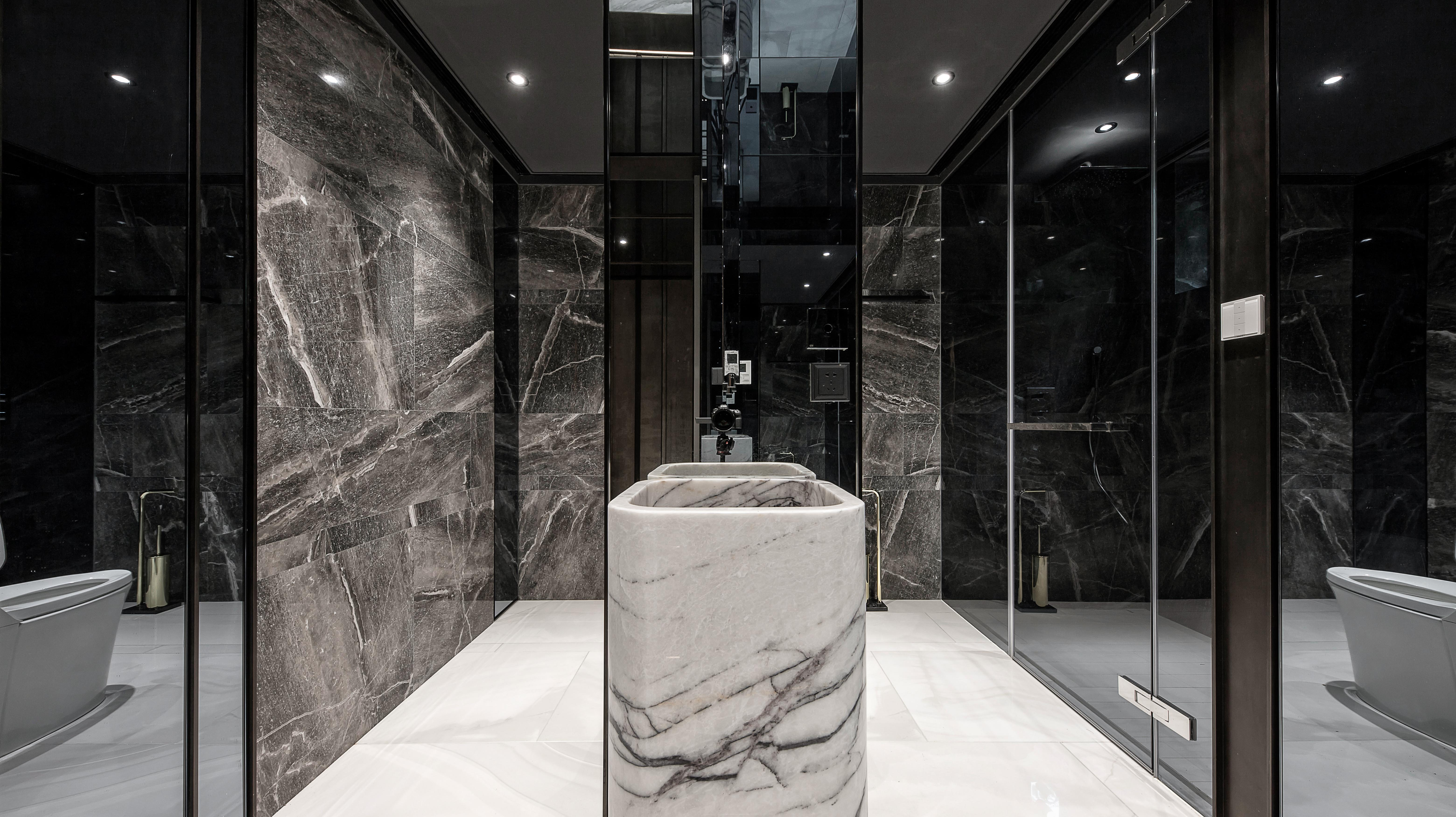 1F  Guest Toilet