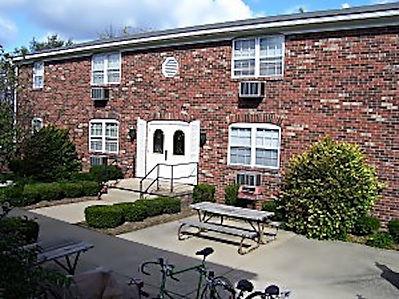 1130 W Kirkwood Avenue Apt 6, Bloomington, IN 47404