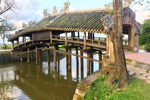 Covered bridge Hue