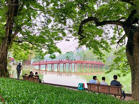 Hoan Kiem Lake Hanoi IMG_7036_edited.jpg