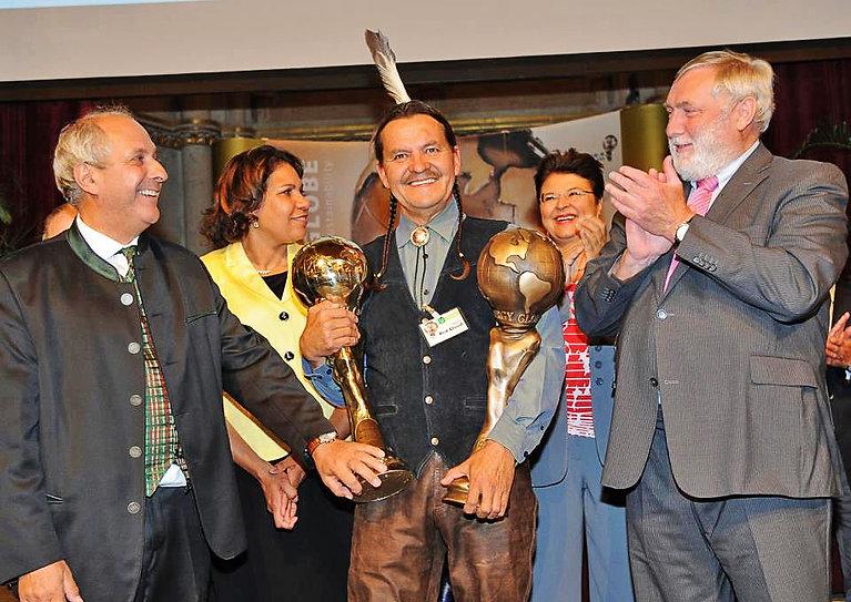 Henry Globe Award 1e2.jpg