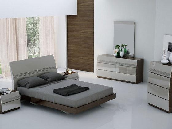 Vigro Bedroom Set - King