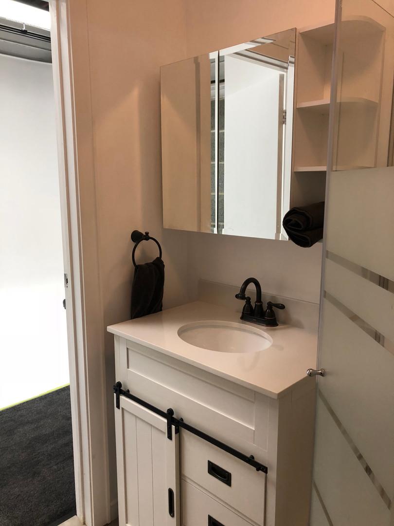 Clean and modern bathroom in Blue Phoenix Studios