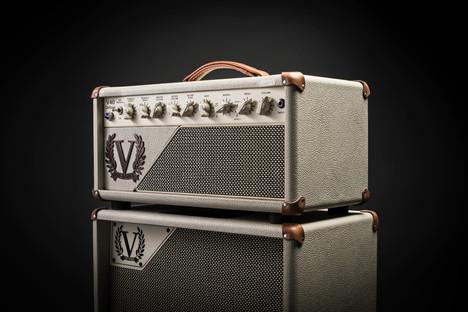 V40 Deluxe