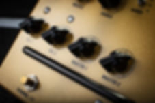 Victory V4 The Sheriff Pedal Preamp Controls
