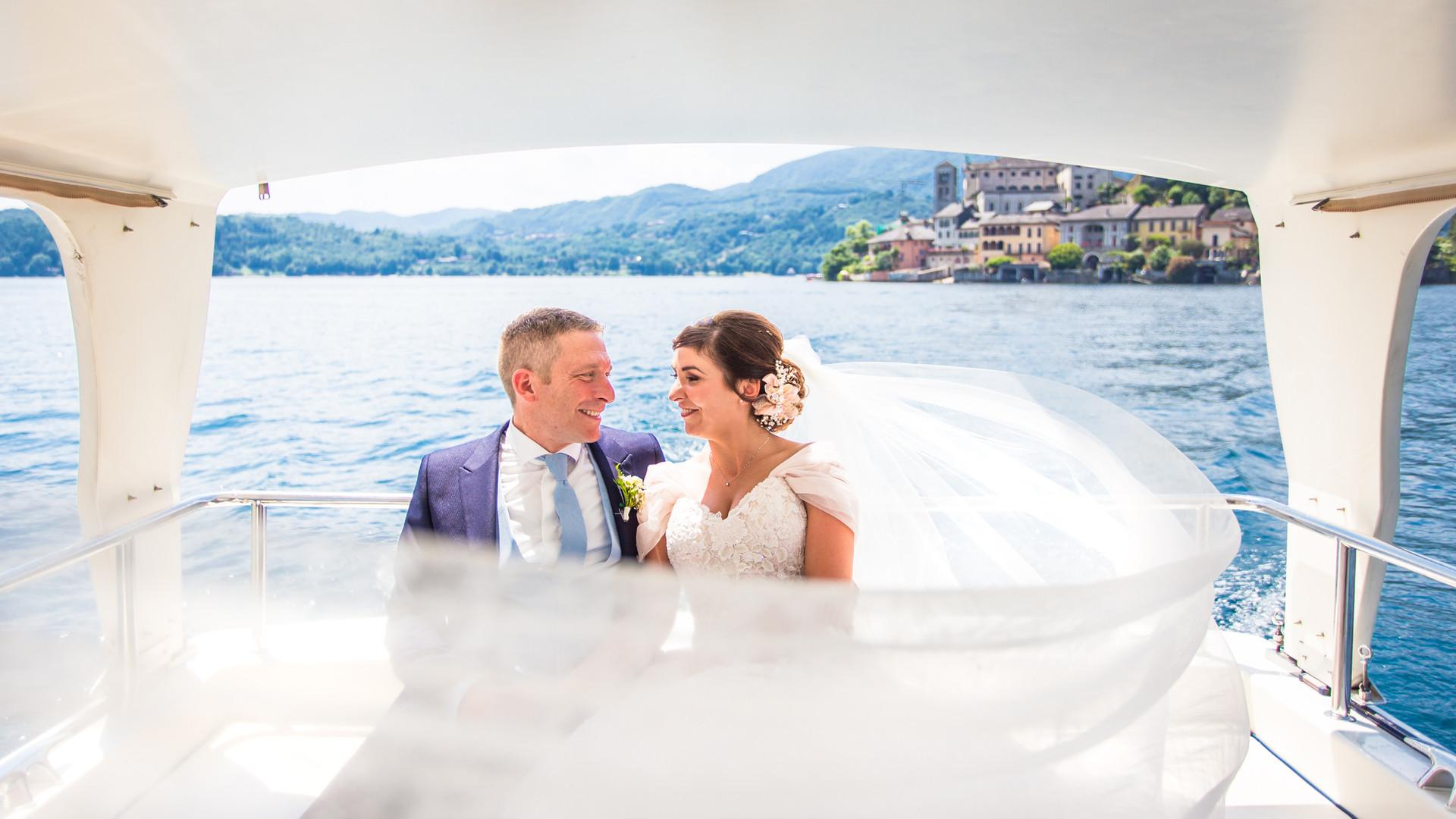 Foto di matrimonio in barca Lago D'Orta Orta San Giulio