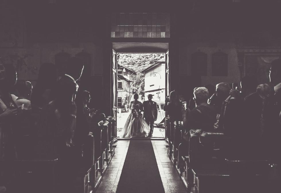 Ingresso sposa chiesa Orta San Giulio