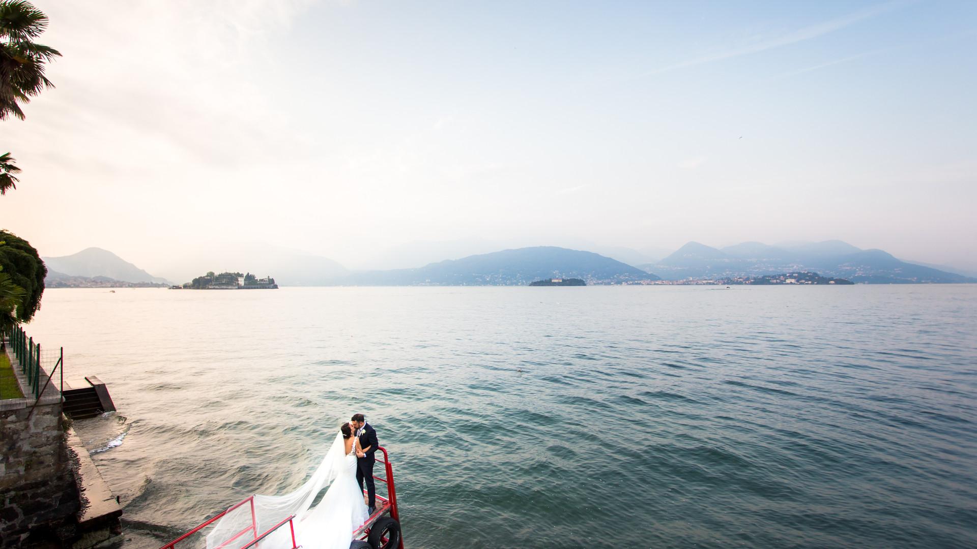 Foto di matrimonio al tramonto Stresa Lago Maggiore