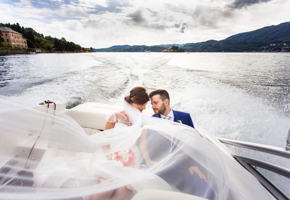 Foto di matrimonio in motoscafo Lago D'Orta