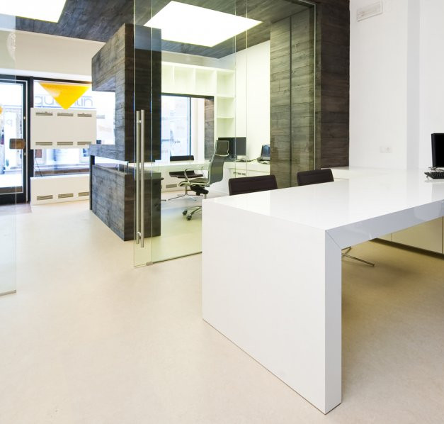 office_3jpg