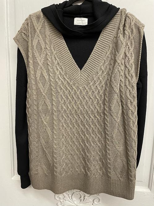 Shitake RD cable knit vest