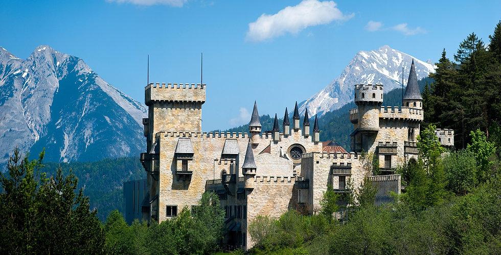 Magic Castle Seefeld (Sommer).jpg