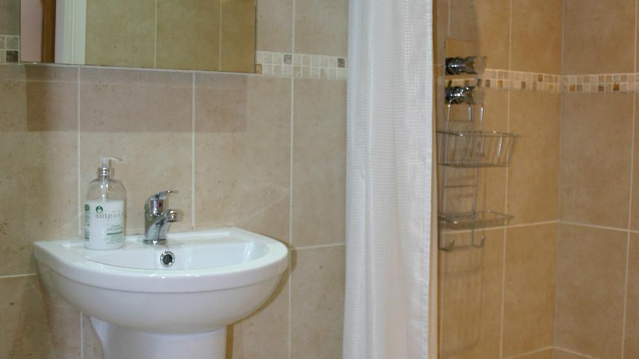 (15) En-suite with walk in shower.JPG