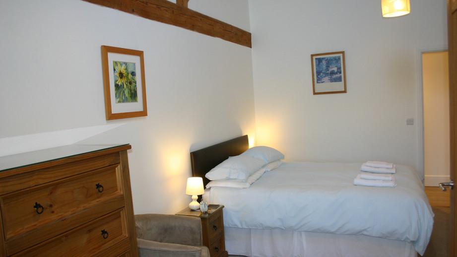 (13) Master bedroom with king sized bed & en-suite shower room.JPG
