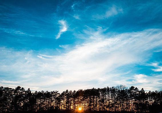 sunrise-1245689_1280.jpg