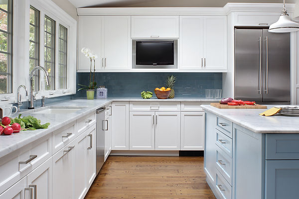 Plain & Fancy Cabinets