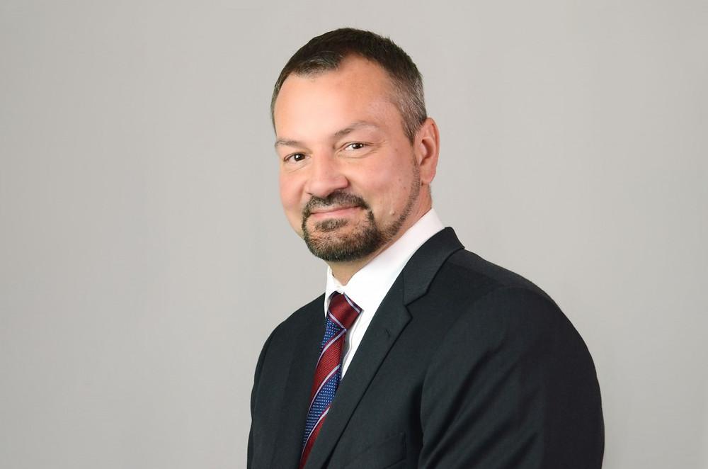 Adam Ruzowski, CEO and Chairman of Veracomp