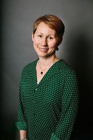 Wendy Headshot.jpg