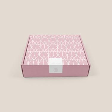 Sara Santos Lady Aysha BOX.jpg