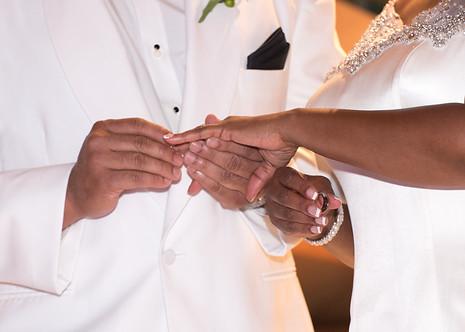 wedding rings bride groom