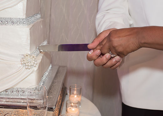 bride and groom cutting the cake at the westin hotel in downtown dallas