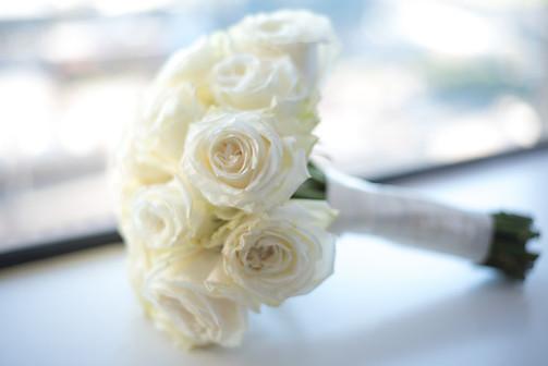 wedding bouquet wedding flowers florist wedding florist white roses