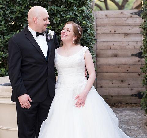 Dallas wedding photograhy at Magnolia Hotels