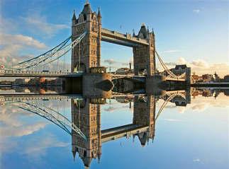 Mundo 003-Relexo Ponte de Londres, Inglaterra.jpg