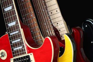Música 050-Gitarras.jpg