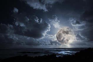Praia 031-Mar a luz da lua.jpg