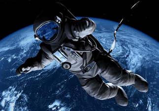 Artes visuais 031-Astronauta vagando.jpg