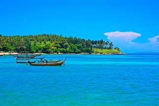 Praia 140-Barcos e mar.jpg