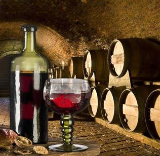 Gastronomia 006-Adega de vinho.jpg
